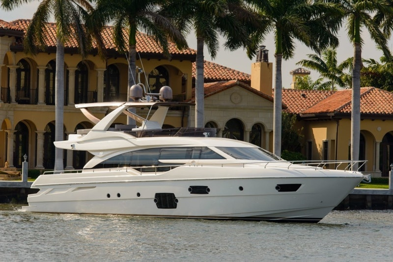 Ferretti Yachts-690 2015-Blue Abalone Cancun-Mexico-1149475-featured