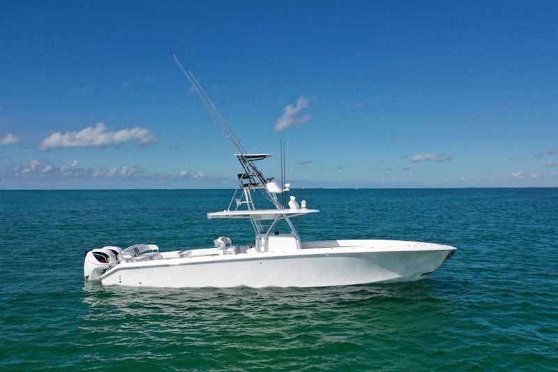Bahama-41 Center Console 2014-Galati Yacht Sales Trade Anna Maria-Florida-United States-2014 Bahama 41 Center Console-1269869-featured