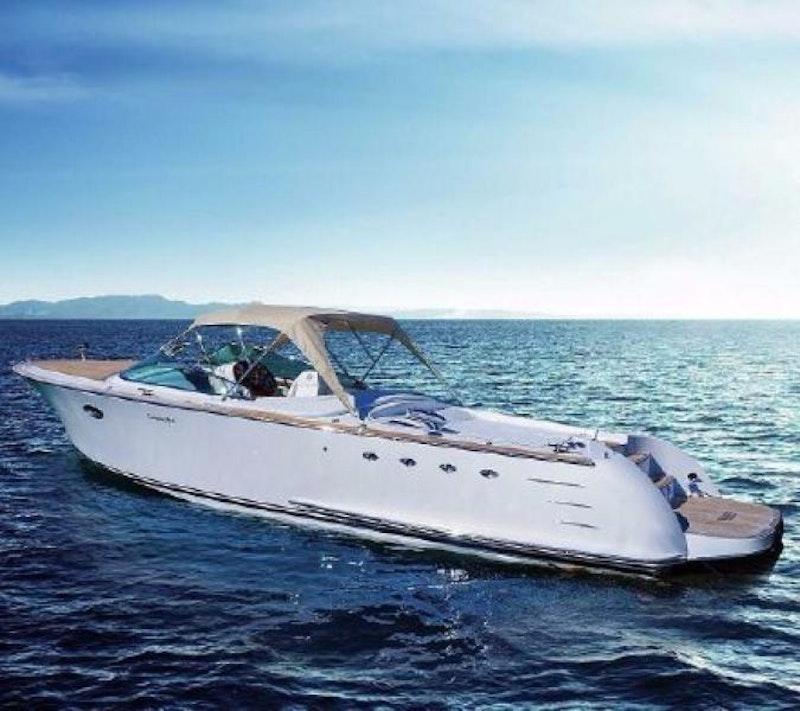 Comitti-Venezia 34 Classic 2014 -Miami-Florida-United States-1279606-featured