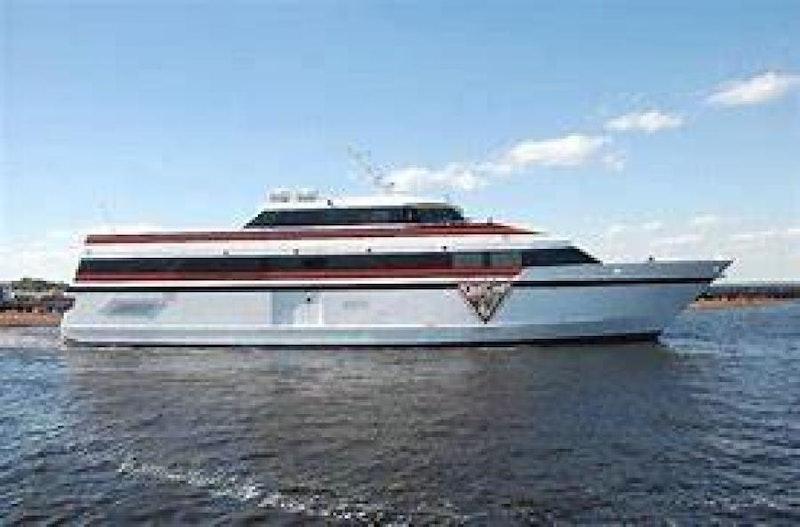 Washburn & Doughty-Casino Cruise Ship 1998 -Jacksonville-Florida-United States-1443483-featured