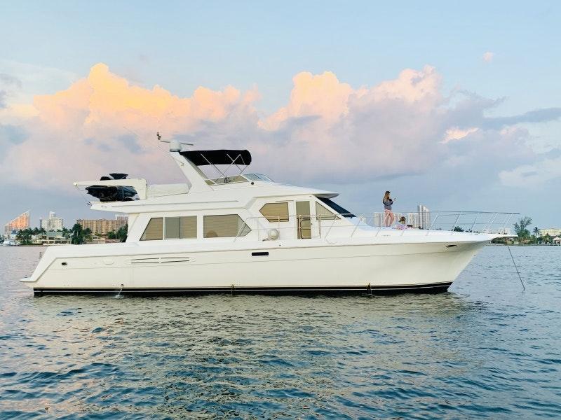 Navigator-5700 Rival 2003-The Motley Crew Miami-Florida-United States-1480551-featured