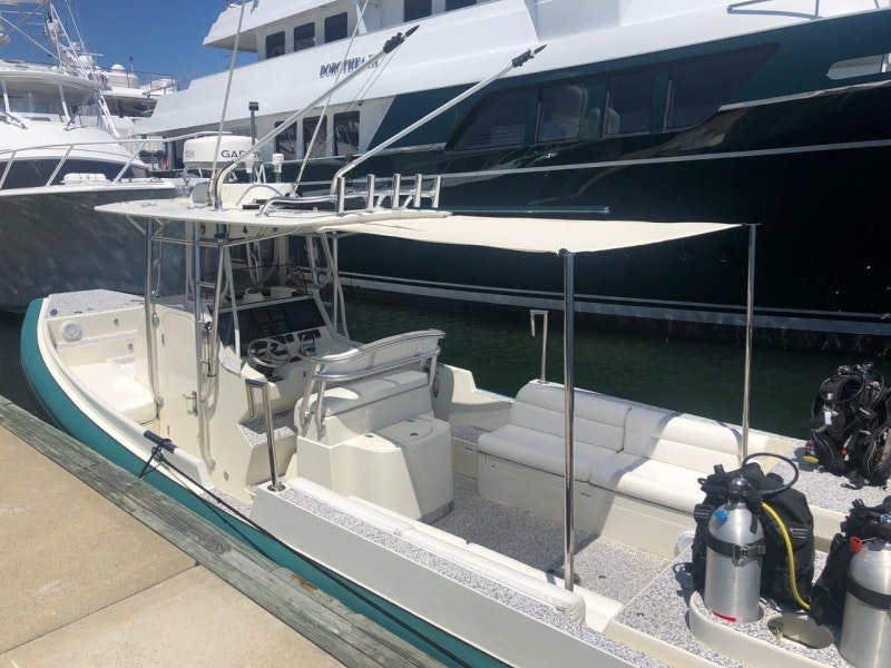 McMullen & Wing-Dive Tender 2002-Iliad Fort Lauderdale-Florida-United States-1502437-featured
