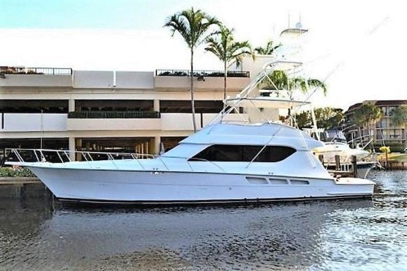 Hatteras 2001-RENEGADE Freeport-Bahamas-1550744-featured