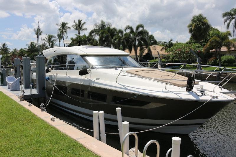Prestige-500S 2013 -Florida-United States-1611243-featured