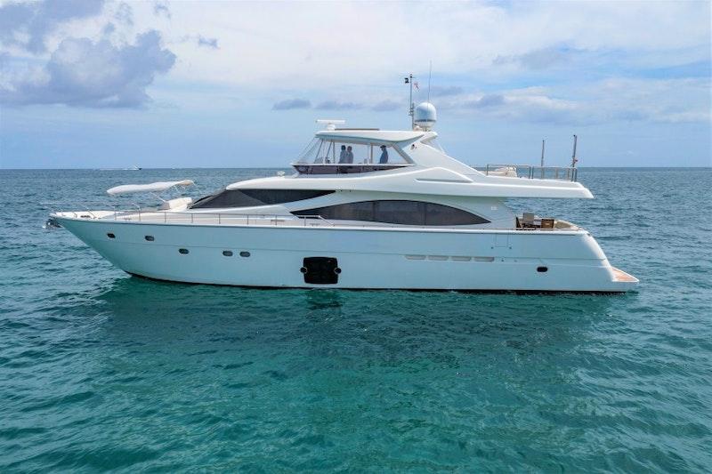 Ferretti Yachts-830HT 2010-MI RX Fort Lauderdale-Florida-United States-Ferretti 83  MI RX  Port Profile-1644641-featured