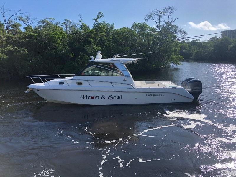 Everglades-320EX 2016-Heart & Soul Dania Beach-Florida-United States-Everglades 32  Heart & Soul  Port Profile-1646884-featured