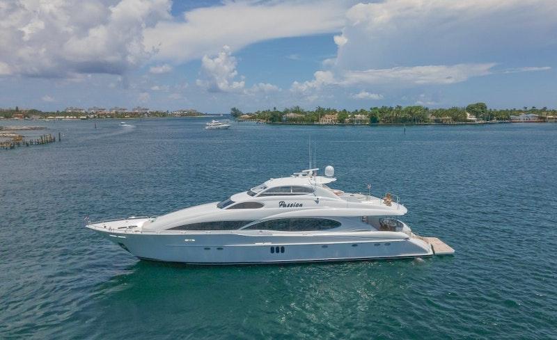 Lazzara Yachts-Motor Yacht 2004-Passion Palm Beach Gardens-Florida-United States-Lazzara 106  Passion  Profile-1777770-featured