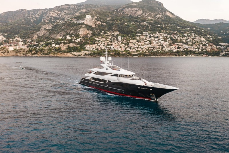 ISA 2011-LIBERTY Genova-Italy-1811923-featured