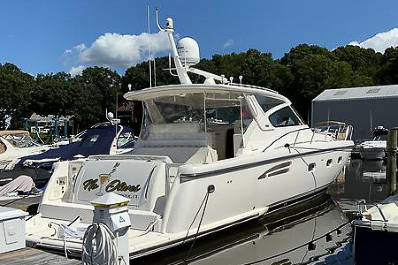 Tiara Yachts-5200 Express 2000-No Olives Old Saybrook-Connecticut-United States-1790813-featured