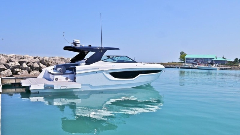 Cruisers-38 GLS 2021-YachtSea Watertown-Connecticut-United States-1807916-featured